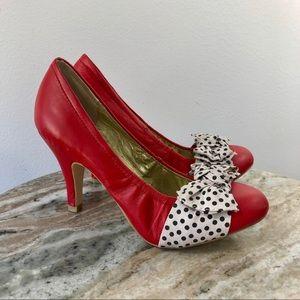 Seychelles Bergman Heels size 6.5 red polka dot